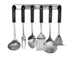 ustensiles de cuisines les 10 ustensiles capitaux du cuisinier averti le coups
