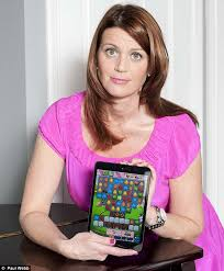 Mom Takes Candy From Kids by How Women Blow 400 000 A Day Playing Candy Crush The Most