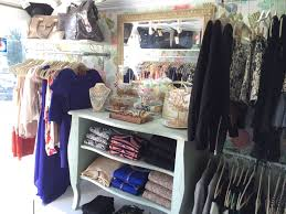 The Interior Layout Of My Rolling Closet - The Mobile Fashion ...