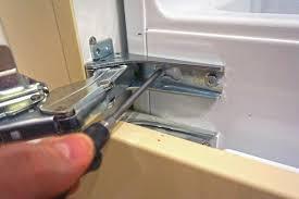 kühlschrank scharnier wechseln anleitung diybook at