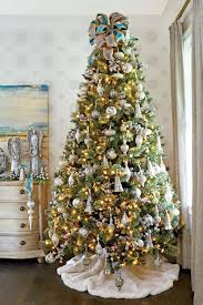 Instead Of Keeping The Christmas Stand Bare You Can Cover It With A Classy Skirt Swede Tree Used Here Is Complementing Color