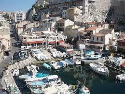 le petit port marseille petit port d endoume à marseille bateaux transport vallon