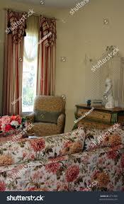 100 Victorian Interior Designs Traditional Livingroom Design Style Stock