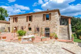 Additional Photo For Property Listing At Tuscany