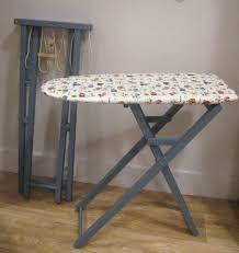 planche a repasser en bois le revoilà l ensemble table à repasser et étendoir pour enfant