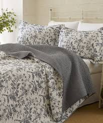 Bed Quilts Queen by 24 Best Purple U0027n Grey Images On Pinterest Bed Sets Bedding