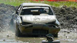 Auto Advice: Scrapping That Dirty Old POS   AutoTRADER.ca Tractor Salvage Yard Worthington Ag Parts Mortspage Junk Yards In Modesto Ca Last Call For Parts At Hillards Auto Michigan From Auction To Flip How A Car Makes It Craigslist Fleet Truck Com Sells Used Medium Heavy Duty Trucks Lashins Wide Selection Helpful Service And Priced Phoenix Just Van Old Fniture Waste Removal Services Works Cash Cars Indianapolis Ray Bobs Action Auto Parts Junkyard Near Me
