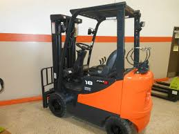 Used Clark Forklifts | Shop Lift Trucks For Sale Illinois Forklift Lift Truck Sales Tx Garland Texas Repair Parts Rentals Northern Industrial 4 Wheel Platform 750 Lb Capacity Forklifts Equipment Pallet Jack Forklft Dealer New Used Rough Terrain And Semiindustrial Forklift Of 1500kg Unique In Its Fork Warehouse With Driver Ez Canvas Powered Heavy Machine Or Center Opens Additional Location Webb City Joplin Mo Corp Diesel Truck Rideon Industrial 4wheel 130d9 Toplift Ferrari Top Enterprises Inc