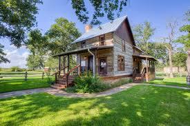 Romantic Cabins in Texas Weinland Haus