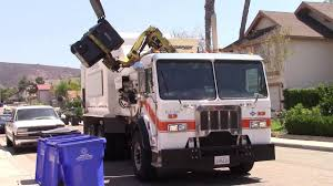 Garbage Trucks Of The City Of San Diego: CNG Peterbilt 320 ...