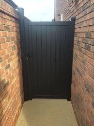 100 Contemporary Gate