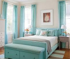 coole farbgestaltung und deko ideen schlafzimmer in hellblau