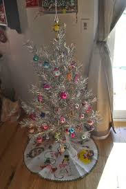 Evergleam Aluminum Christmas Tree by 99 Best Aluminum Trees Images On Pinterest Retro Christmas