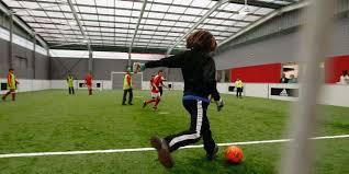 technique de foot en salle le ballon rond conquiert de nouveaux terrains sud ouest fr