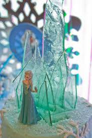 Cakes Decorated With Candy by Best 25 Frozen Cake Decorations Ideas On Pinterest Frozen Cake