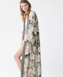 robe de chambre grossesse oysho robe de chambre fleur japonaise look grossesse
