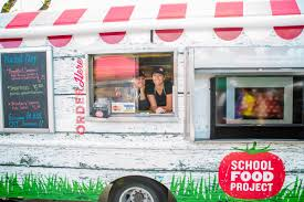How Food Trucks Are Serving Up Healthy Food To High School Students ...