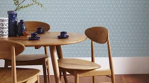 tapisserie salon salle a manger papier peint tendance les plus beaux modèles déco et conseils de