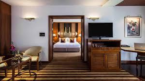 100 One Bedroom Design 1 Suites