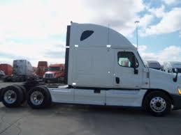 100 Semi Truck Sleepers Sleeper