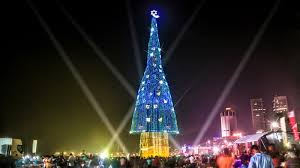 The Worlds Biggest Christmas Tree Hasnt Helped Sri Lankan Christians