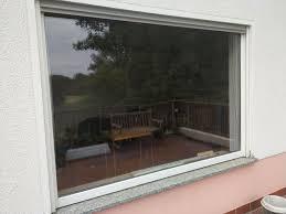großes fenster für wohnzimmer mit rahmen einbaufertig