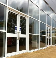 Kawneer Curtain Wall Doors by Curtain Wall Entrance Decorate The House With Beautiful Curtains