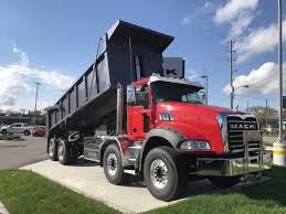 2018 MACK GRANITE TANDEM STEER Dump Truck - Cambridge, London ...