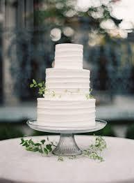 8 Simple White 3 Tier Wedding Cake