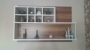 regal deko wohnzimmer hängeregal sideboard