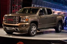 2015 GMC Canyon First Look - Motor Trend New 2017 Gmc Canyon 2wd Sle Extended Cab Pickup In Clarksville San Benito Tx Gillman Chevrolet Buick 2018 Sle1 4d Crew Oklahoma City 16217 Allnew Brings Safety Firsts To Midsize Truck Used 2016 All Terrain 4x4 V6 4wd Slt Fremont 2g18065 Sid Small Roseville Marine Blue For Sale 280036 Spadoni Leasing Short Box Denali Speed Xl Chevy Colorado Or Mid Body Line Door For Roswell Ga 2380134