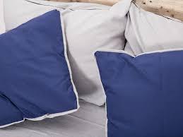 housses coussins canapé coudre des housses de coussin pour votre canapé en palettes