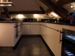 cuisine amenagee en u cuisine sous les voûtes photo 2 7 cuisine aménagée en u