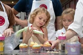atelier de cuisine enfant parent enfant le cours de cuisine parent enfant de l atelier des chefs