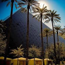 Luxor Casino Front Desk by Lasvegas Com