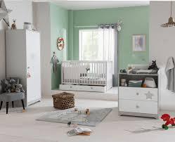 chambre bebe9 chambre douce nuit de bébé 9
