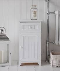 Free Standing Storage Cabinets For Bathrooms by Best 25 Freestanding Bathroom Storage Ideas On Pinterest