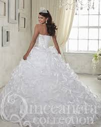 beautiful white quinceanera dresses with train 2017 floral ruffles