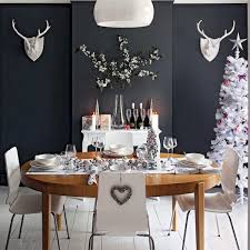 50 Stunning Christmas Table Dining Rooms Ideas Decorations 12