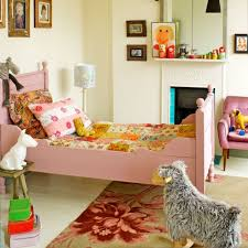 deco chambre bebe vintage une chambre d enfant fille vintage bonbon mais vintage