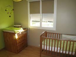 chambre enfant vert chambre bébé vert anis et taupe photo de décoration maison