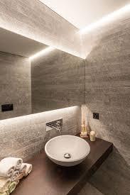 wellnessoase mit solidem schweizer naturstein badezimmer
