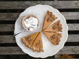 Pumpkin Chiffon Pie With Cool Whip by Many Words On Pumpkin Pie 729 Layers