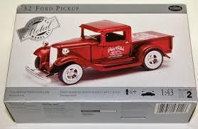 Ford Pickup: Ford Pickup Model Kits Amt Model Kit 125 White Freightliner Single Drive Tractor Ebay Italeri 124 3859 Freightliner Flc Model Truck Kit From Kh Kits On Twitter Your Scale From Swen Willer Dutch Truck Euro 6 Cversion Kit An Trucks Ctm Czech Sro Intertional Lonestar Czech Truck Car Amazoncom Diamond Reo Toys Games Tyrone Malone Super Boss Kenworth 930 New 135 Armor Amt Autocar Box Ford Aero Max Models Pinterest And Car Chevy Carviewsandreleasedatecom