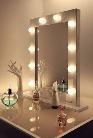 vanity mirror with light bulbs around it guide home design