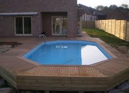 piscine semi enterrée en bois nos conseils