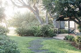100 The Beach House Maui Vacation Rental Cottage With A Tropical Garden Gardenista
