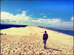 escalier facilitant l accès à la dune est en place