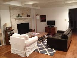 paint color for family room with light