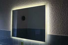 großer wandspiegel mit beleuchtung badezimmer flur wohnzimmer
